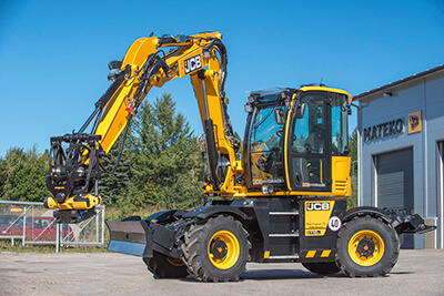 6 Ton Excavator from Wiltshire to Sutherland