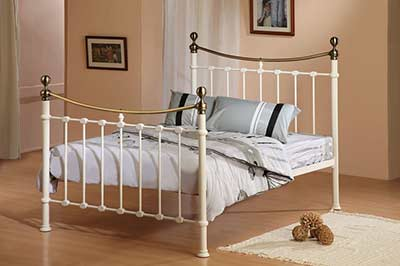 Brass and Iron bed from Surrey to Gwynedd