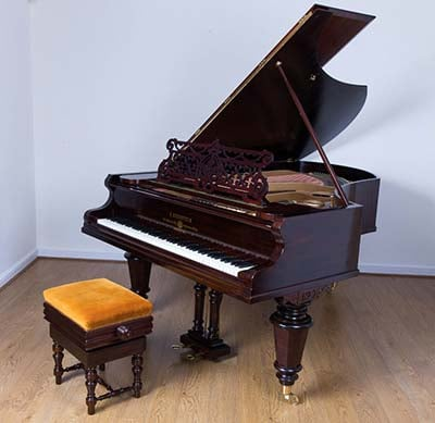Upright piano from Ilford to Woodford